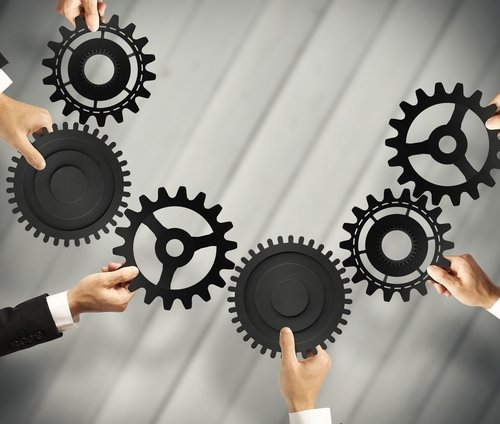 Integrating HR/Payroll Systems Reduces Work and Errors